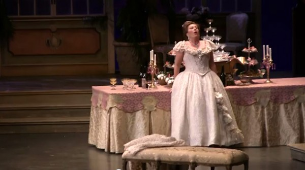 Video / Calgary Opera's La Traviata